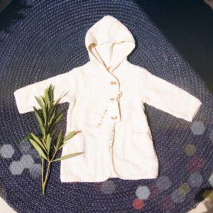 Kuschelweich und süss ist dieser erste Bademantel für's Baby