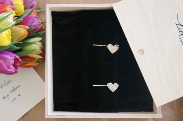 Zwei Herzen als Valentinstag-Geschenk direkt versenden mit Grusskarte, Schweiz