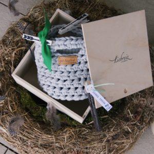 Handgemacht und wunderschön sind die Osterkörbchen bei Liebreiz.ch - damit können die Ostereier stilvoll gesucht werden.