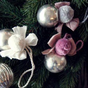 Real Time Trust schöne Weihnachtskugeln bei Liebreiz.ch: Einhorn, Auge, Fisch, Pompon - farbenfroh und mit Sinn für die Sache!