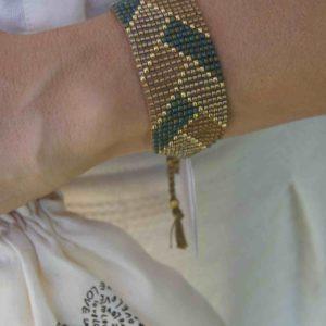 Armband Sommer getragen