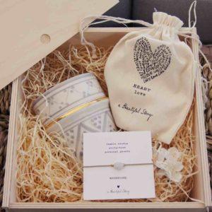 Geschenkbox Tasse und Armband
