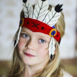 sew hart felt Indianerschmuck mit Mädchen, als Verkleidung für Kinder