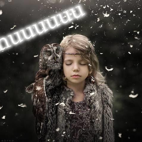 Winterbild-Mädchen - Uhuuuu