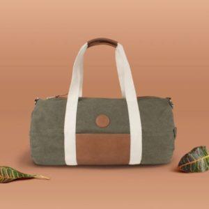 Der coole Weekender von Kollegg ist einfach immer der richtige Begleiter. Bei uns lässt sich dieser praktische und stilvolle Bag auch personalisieren.
