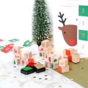 Der tolle Stempel Adventskalender von Meri Meri ist ideal für kreative Kids.