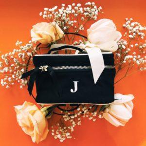 """Eine süsse kleine Box """"Black Beauty"""" als Geschenk für stilvolle Frauen ideal - personalisierbar!"""